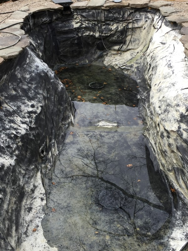 2016 equipment pits and shade feature everyone should for Koi pond rock bottom